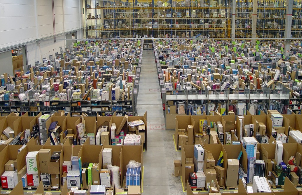 Amazon logistics center in Madrid, Spain. Photo by Álvaro Ibáñez.
